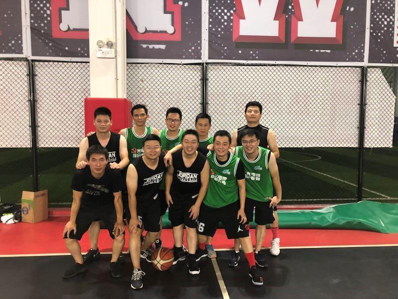 激战光电园 篮球友谊赛